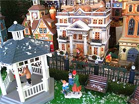 Design staging planning and layout christmas village displays christmas village displays solutioingenieria Images