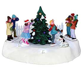 Photographing of the Mistletoe Miniature Chase revolving miniature